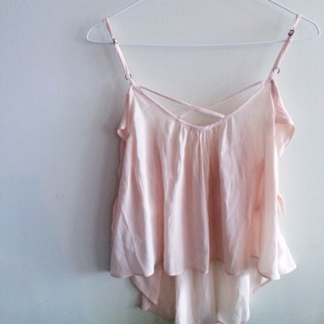 Cold shoulder tank top