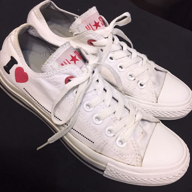 Converse (red edition)