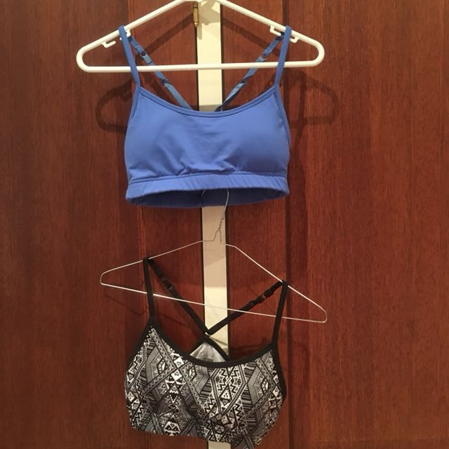 Cotton On size S crop tops/sports bras