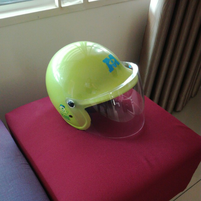 Kids Helmet Monsters Inc.