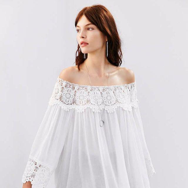 KIMCHI BLUE Crochet Wide-Sleeve Blouse in White