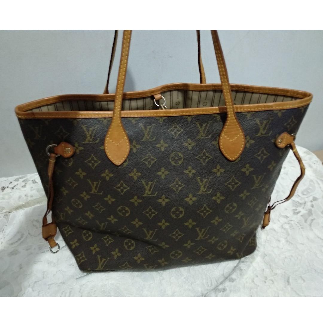 Louis Vuitton Neverfull Bag LV