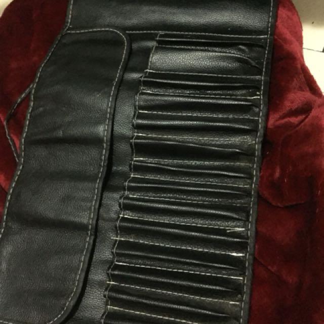 Makeup brush leather holder