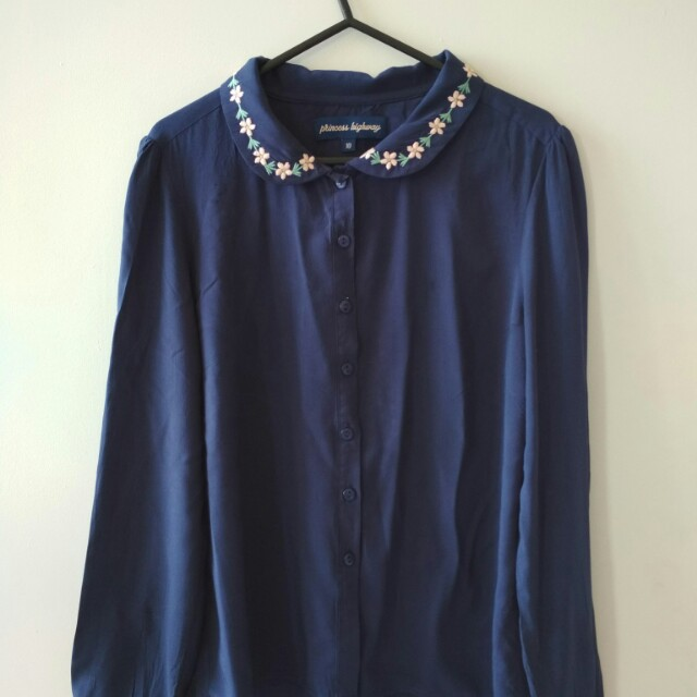 Navy blouse floral collar