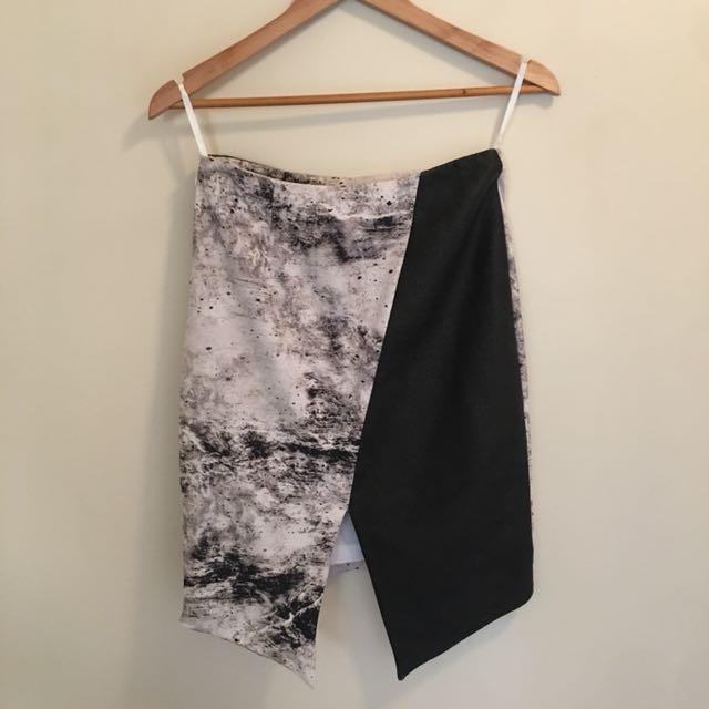 Saxony asymmetric skirt
