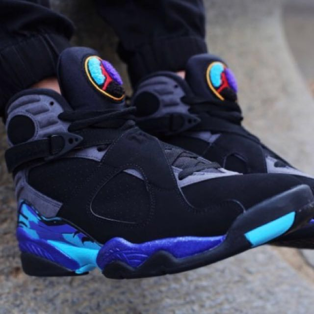 Selling Jordan Aqua 8s Size 6y