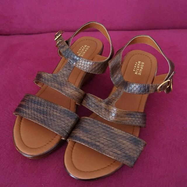 Sepatu Sophie Martin Paris