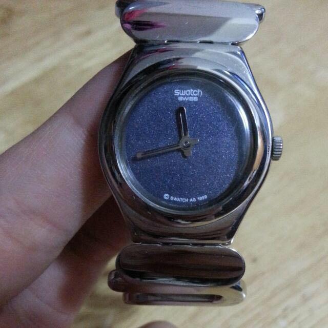 出清大降價~SWACH銀色彈性手環錶