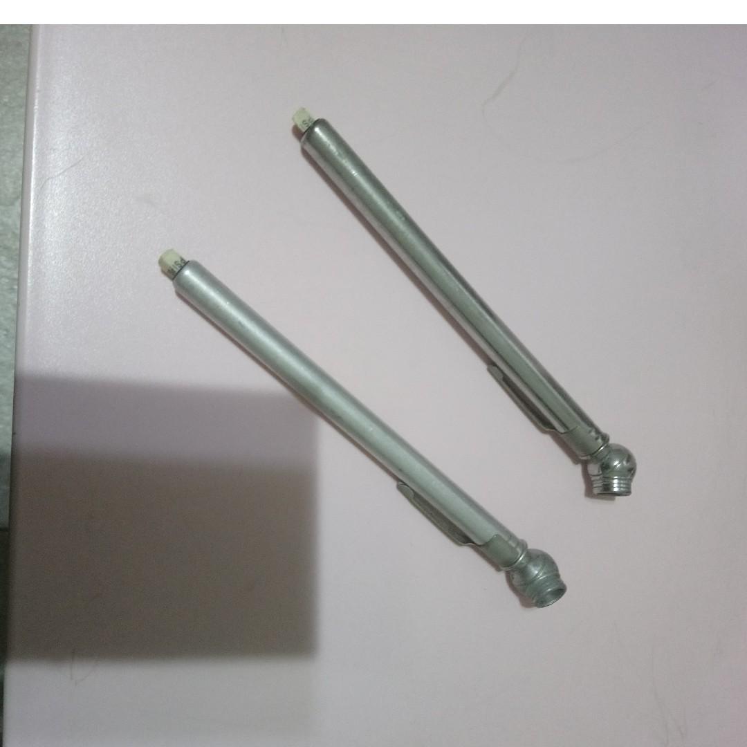 Used Hand-held Tyre Air Pressure Gauge x 2 unit