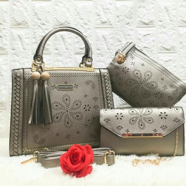 7f1de00ee8c7 Victoria beckham handbag set 3 in 1, Women's Fashion, Bags & Wallets on  Carousell