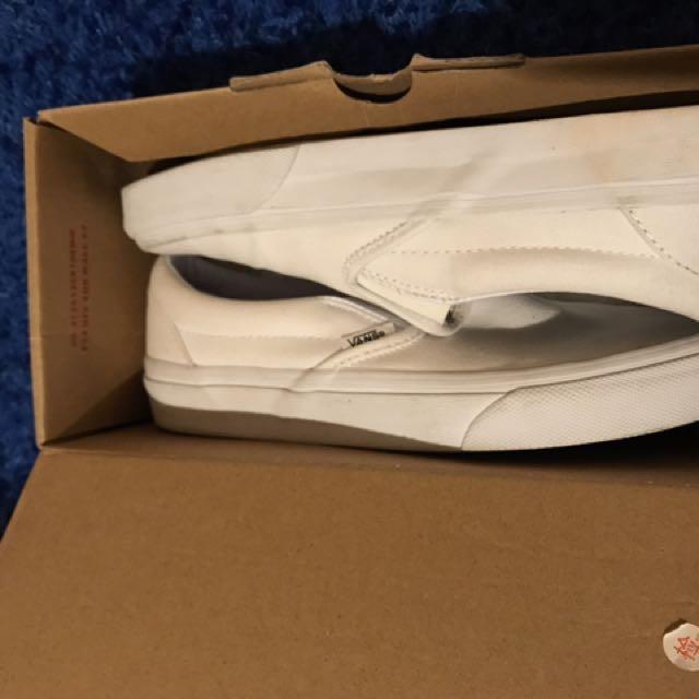 White vans slip-on