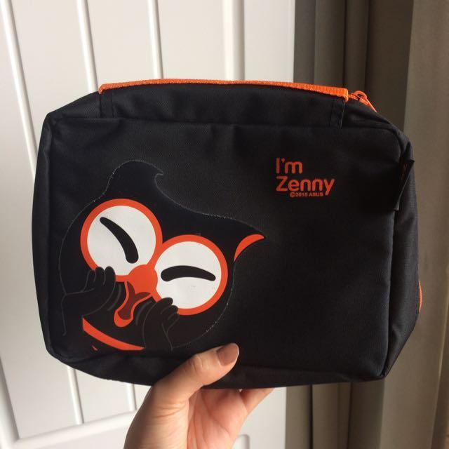 Zenny 萬用收納包