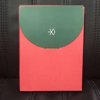 EXO Miracles In December Postcard Set (Red)