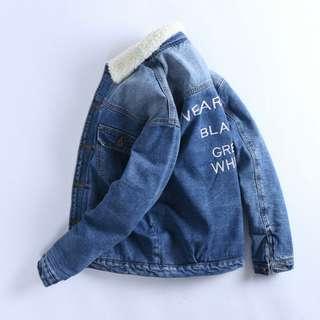 🚚 FRANK'S店面款~歐美秋冬流行款 中短版 單寧 深藍色 刷白 羊羔毛 鋪棉 牛仔外套 復古外套 我的少女時代 男女