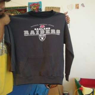Raiders sweatshirt