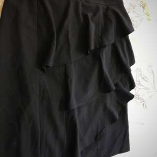 EUC Portmans Black Ruffle Work Office Skirt Size 8