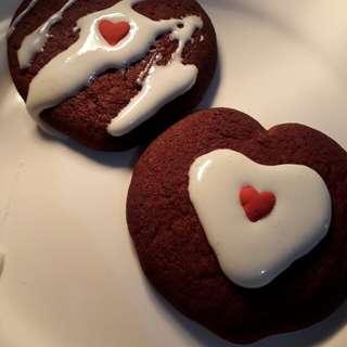 Red Velvet Crinkle Cookie