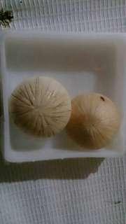 Buntat kelapa sepasang