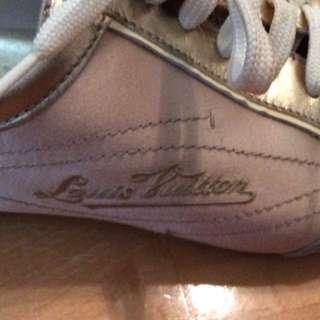 LV Louis Vuitton comfortable shoes size 38