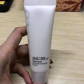 🆕SU:M 37 skin saver essential cleansing foam