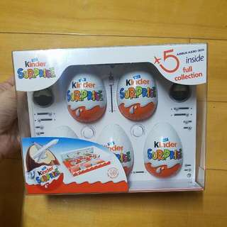 Kinder Surprise Kinder 出奇蛋 限量版 飛機收藏版 Airbus A330-300 Inside ,full Collection Kinder Surprise Exclusive For Travellers 飛機收藏者 Airbus Singapore Airlines Lufthansa Airlines  Turkish Airlines Swiss International Airlines