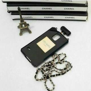 Casing channel parfume iphone 5