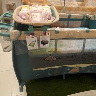 New Sweet Cherry Playpen / Playcot