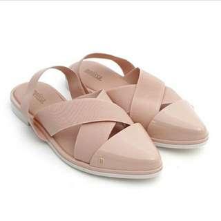 Melissa粉紅繃帶膠鞋