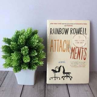 [Paperback] Attachments - Rainbow Rowell