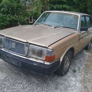 Volvo 240GLA Parts for sale in Kajang