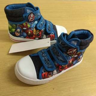 BN Marvel Boy Shoes/ Avengers Superheroes Canvas Shoes  Size 27