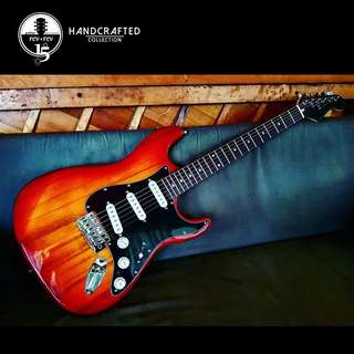 *New* Artisan Handcrafted Stratocaster *B-Stock*