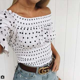 Bardot Off-shoulder top