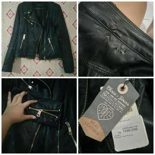jaket kulit stradivarius / leather jacket stradivarius