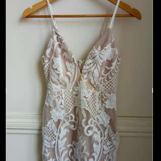 BNWT White Lace With Beige Underlined Bridal Bride Wedding Formal V Neck Spaghetti Strap Dress