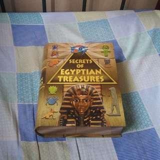 Secrets of Egyptian Treasures gift set