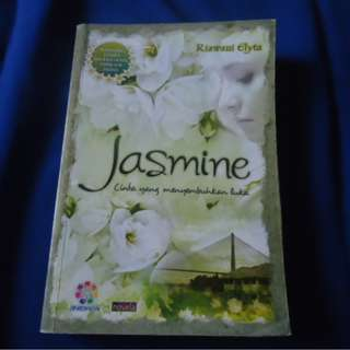 Novel Kolpri/Second : Riawani Elyta - Jasmine 'Cinta Yang Menyembuhkan Luka'