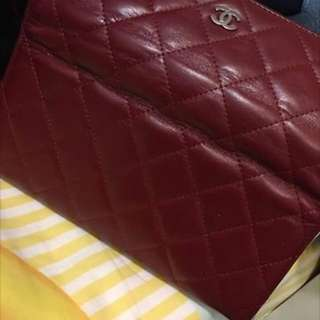 Used : Chanel wallet