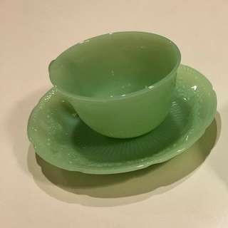 Fire King jadeite vintage ALICE tea cap & saucers. Made in USA