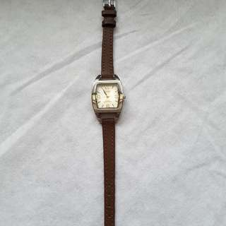 Ladies vintage watch (Ashley)