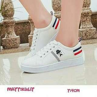 Sepatu musch white