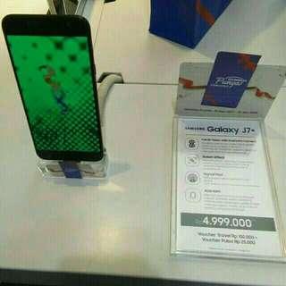 Samsung Galaxy J7+ bisa cicilan tanpa kartu kredit