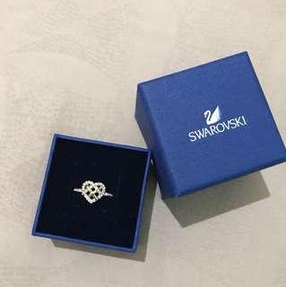 Swarovski cincin hati rose gold