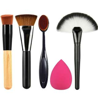 (PO) Set - Make Up Brushes and Sponge
