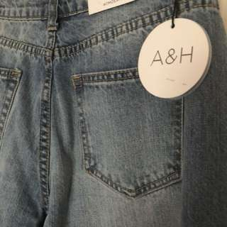Atmos &Here mums jeans