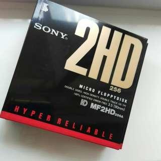 日本制造,全新 HP floppy一共12盒,直收藏,抵買!