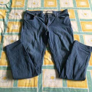 Gio jeans