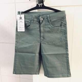 🚚 全新男款綠色 百搭牛仔褲 卡其褲 男生褲子 短褲 男短褲 男生短褲 jeans 可以蝦皮下單哦