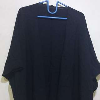 Outer Hitam Batwing