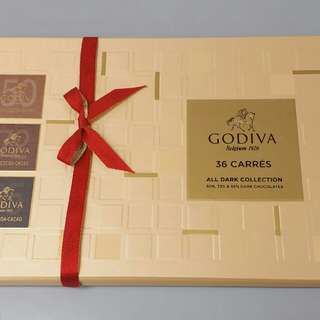Godiva 36 carres All Dark Collection